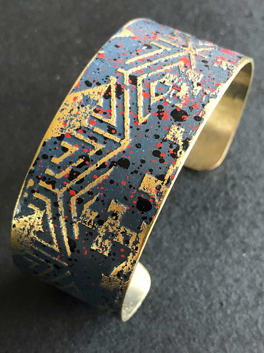 Top view of a bracelet Signs Jase Blue